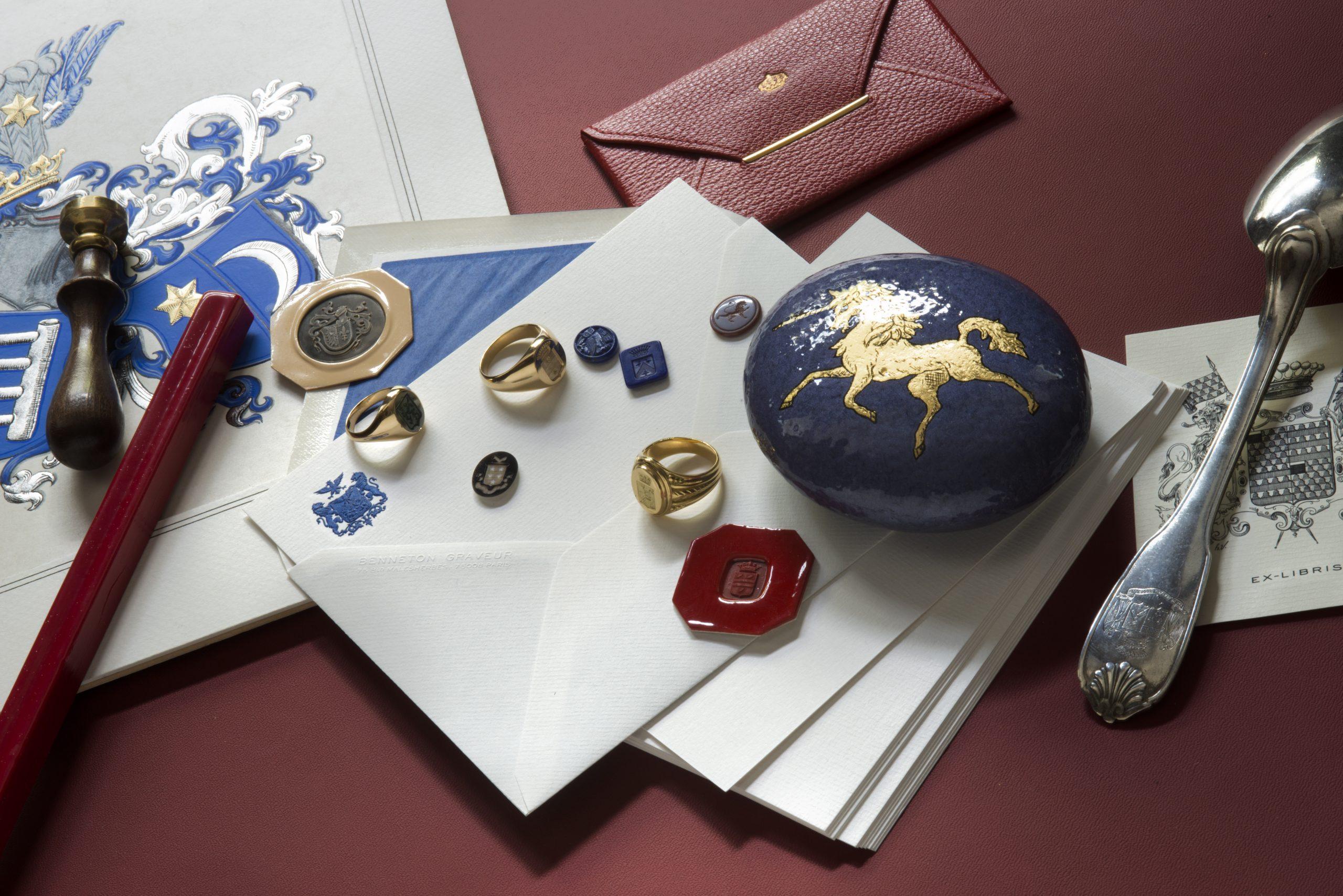 Chevalières - galets - héraldique - gravure sur argenterie - tampons de cire - armoiries